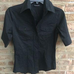 NEW & COMPANY STRETCH SHORT SLEEVE SIZE SMALL